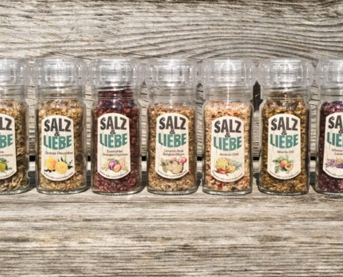 Salz und Liebe -Bergsalz -Mühle mit Keramikmahlwerk
