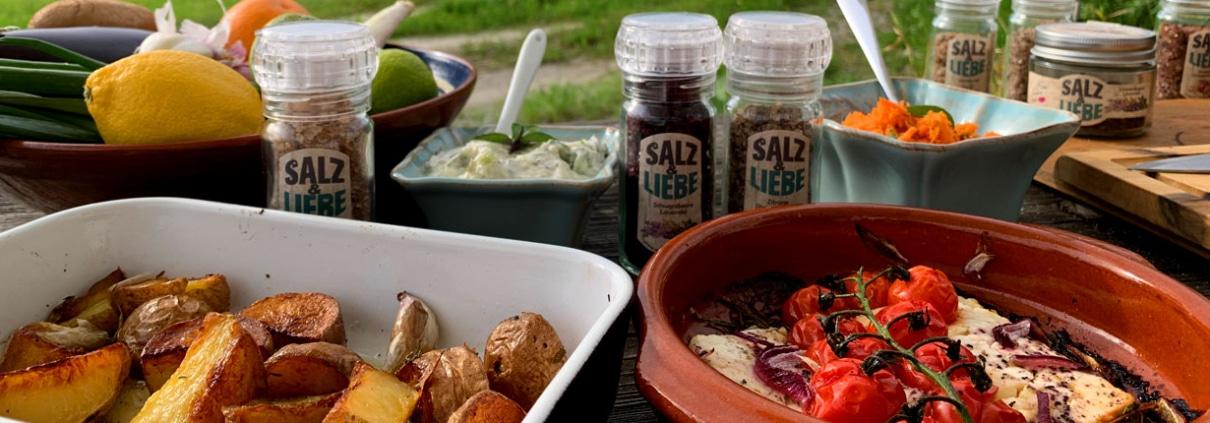 Bunte Grillbeilagen mit den bunten Salzen von Salz und Liebe